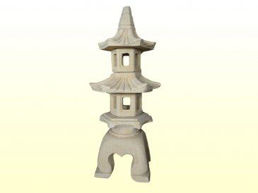 Japanische Pagode aus Sandsteinguss