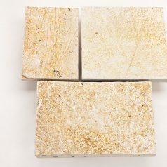 Terrassenplatten aus Naturstein in mediterraner Farbe