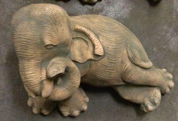 Elefant als Gartenfigur Dekofigur