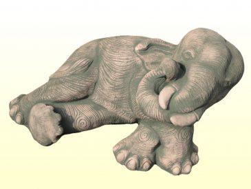 Fauler Elefant als Gartenfigur aus Sandsteinguss