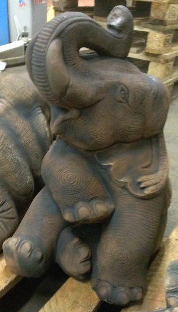Elefant als Gartenfigur Dekofigur aus Sandsteinguss