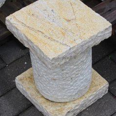 Natursteinsäule ca. 30cm hoch