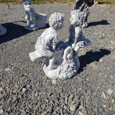 Kinder auf der Wippe Gartenfigur aus Beton Dekoartikel Betonfigur Naturstein Centrum LPM Krostitz bei Leipzig