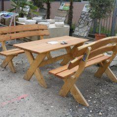 Gartenmöbel Set bestehend aus einem Tisch und zwei Bänken Gartenmöbel Naturstein Centrum LPM Krostitz bei Leipzig