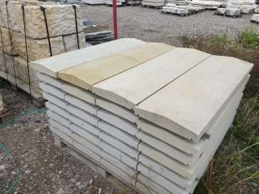 Abdeckplatte aus Sandstein