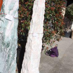 Monolith Findling rosefarben Naturstein Centrum LPM Krostitz bei Leipzig