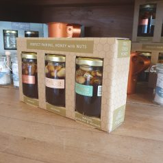 Geschenkverpackung Honig mit Walnüssen Mandeln und Pistazien aus Kreta